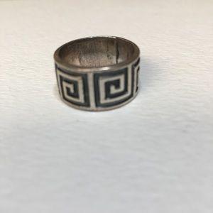 Sterling Silver Greek Key Pattern Band Ring